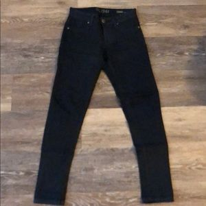 DL1961 Emma 'legging' jeans. Size 25, dark blue